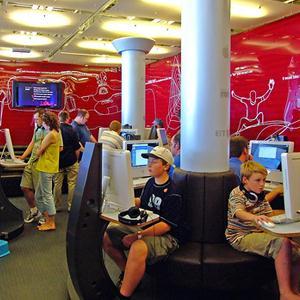 Интернет-кафе Батецкого